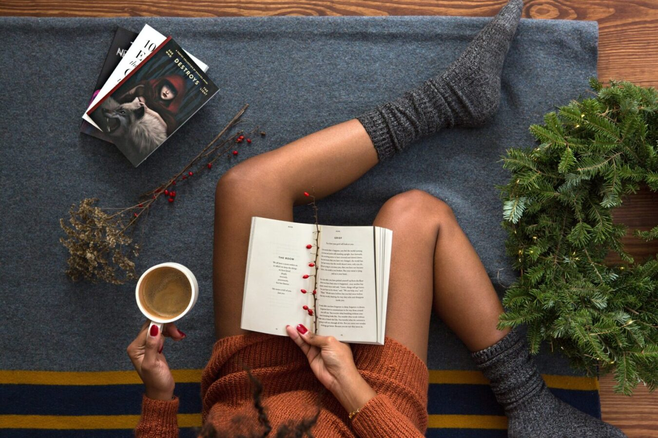 A Mental Health Guide to Spending the Holidays Alone